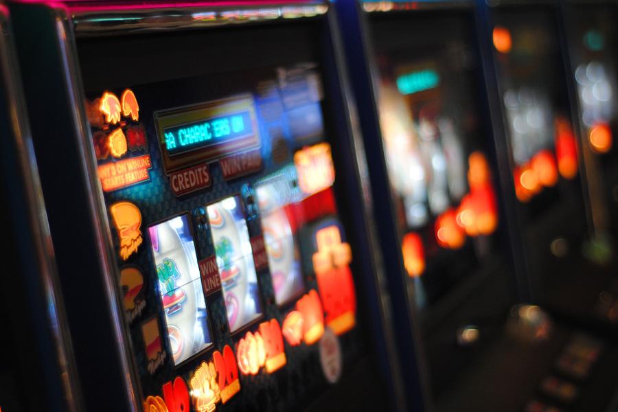 パチンコ等のギャンブルの浪費がある破産事件で、無事に免責許可決定を得る事ができた事例