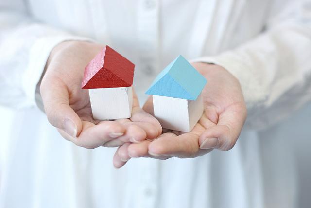 住宅ローンの他に多額の債務を負ってしまった事案で、個人再生を申し立てた結果、住宅を守りながら債務を大幅に圧縮する事に成功した事例